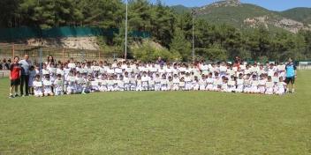 2018-2019 Yaz Futbol Okulumuz Sertifika Töreni Düzenlendi